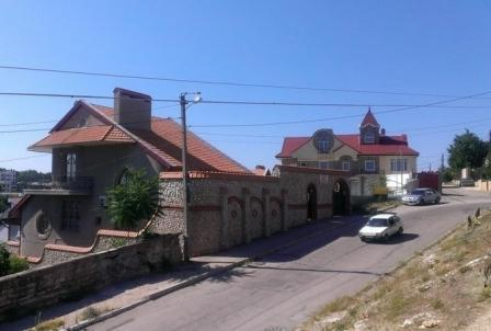продам дом за миллион долларов в Севастополе