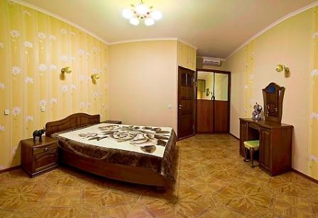 снять апартаменты у моря в Севастополе без посредников