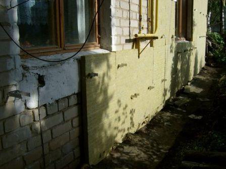 чем лучше утеплить кирпичный дом изнутри и снаружи