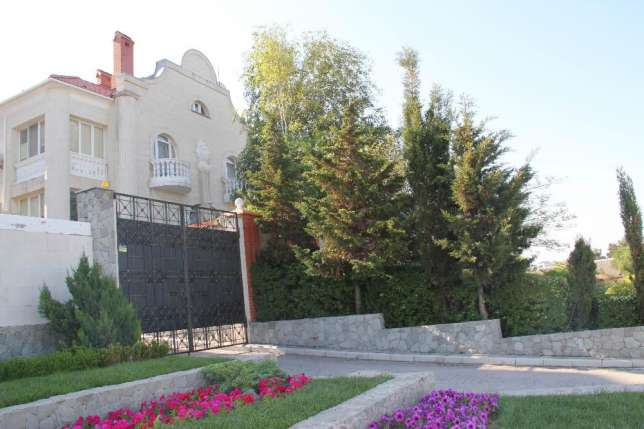 Продажа дома, г.Севастополь, бухта Карантинная