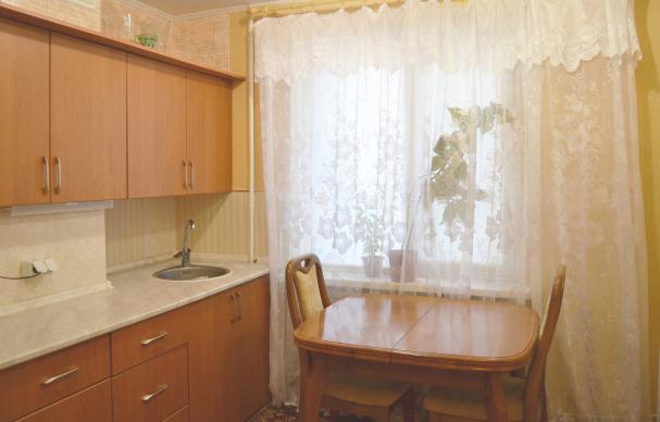 Продам собственную однокомнатную квартиру02