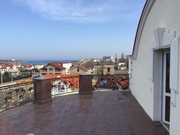 shikarnyy-dom-v-kazachey-buhte-